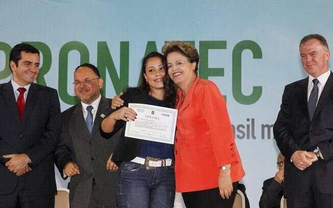 Pronatec foi uma das principais bandeiras de Dilma durante campanha presidencial