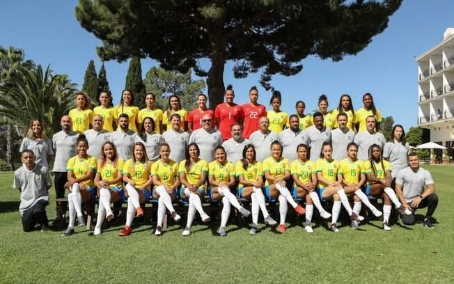 Foto oficial da seleção brasileira feminina para Copa do Mundo de 2019