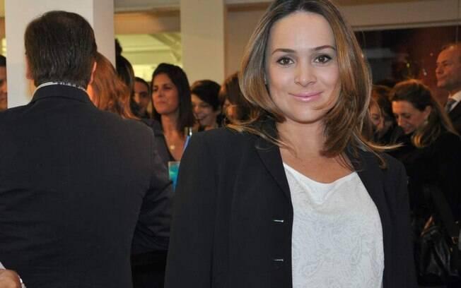 Gabriela Duarte está grávida de oito meses