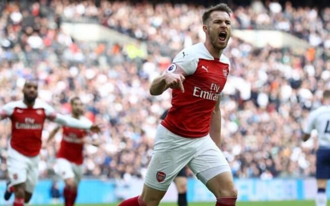Brigando por vaga para a Champions League, o Arsenal entra em campo na Premier League e é um dos destaques da agenda do futebol