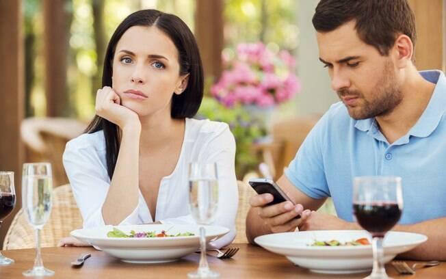 Sem papo: não tem jeito, a conversa precisa fluir com interesse desde o início, dizem especialistas