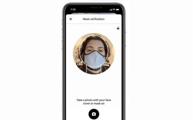 Uber vai pedir para passageiro comprovar que está de máscara