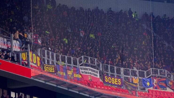 7199ead4e2 Barcelona apresenta queixa formal à Uefa pós briga de torcida -  Internacional - iG