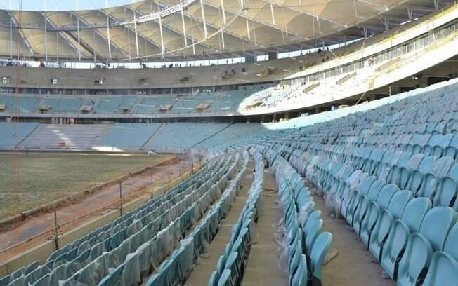 Arena Fonte Nova já tem gramado plantado, cadeiras instaladas e inauguração prevista para 7 de abril