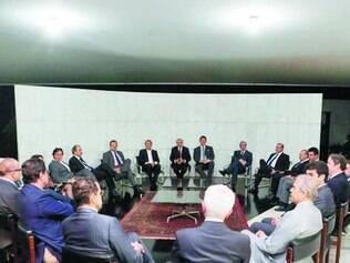 Cúpula do PMDB se reuniu com equipe econômica nesta segunda à noite