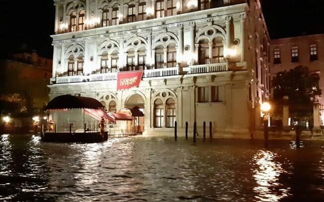Veneza foi atingida por maior maré dos últimos 50 anos