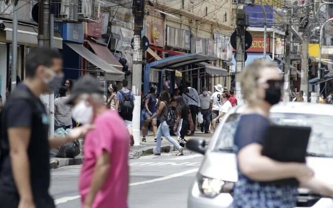 Vigilncia em Sade autua dois estabelecimentos em Baro Geraldo