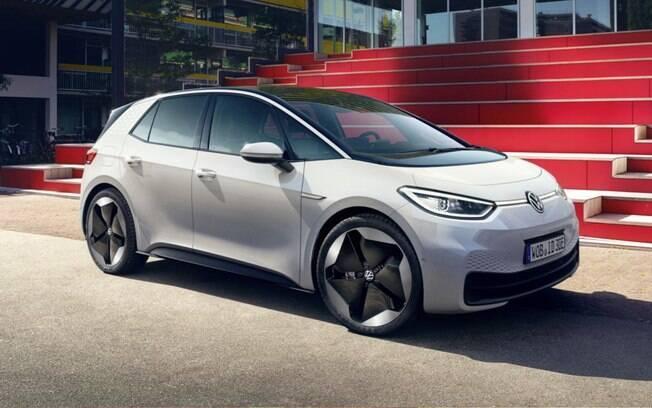 VW ID.3 é o primeiro integrante da nova família de elétricos da marca alemã, que também terá a nova Kombi, em 2022