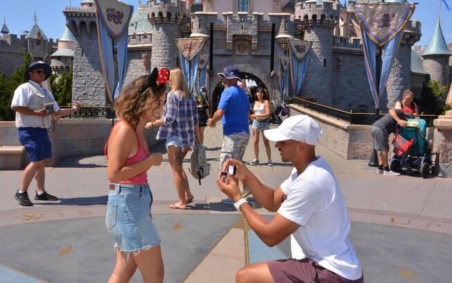 Sonni não esperava a repercussão do anúncio de noivado ao compartilhar as fotos tiradas na Disney nas redes sociais