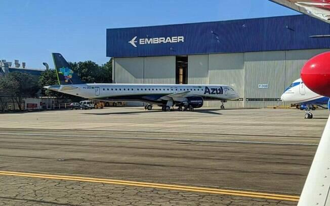 Azul recebe mais um Embraer 195-E2