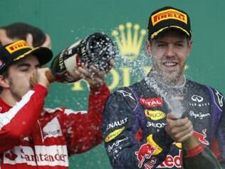 Vettel lidera o campeonato com 132 pontos, contra 96 de Fernando Alonso