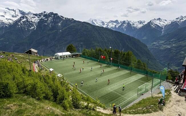 Campo Ottmar Hitzfeld, na Suíça