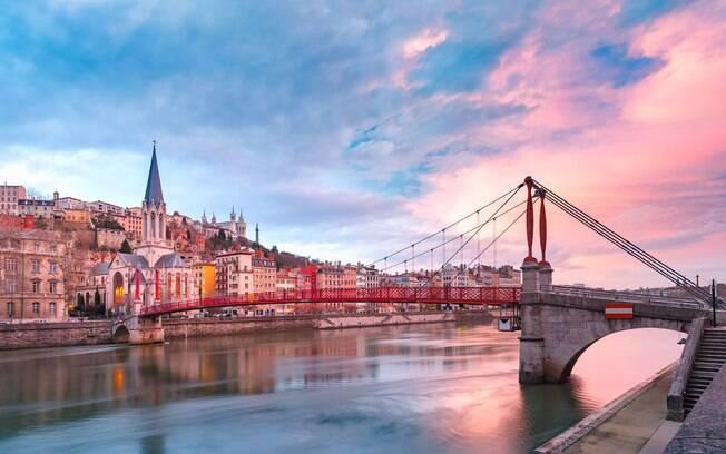 Lyon, na França, foi reconhecida pela União Europeia por seus esforços para difundir um turismo acessível e sustentável