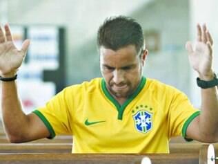Rafael Dutra aproveitou e pediu uma ajuda divina para classificar o Brasil. Funcionou