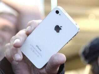 Tampas da bateria de 32 mil iPhones nos Estados Unidos e Canadá podem estar comprometidas
