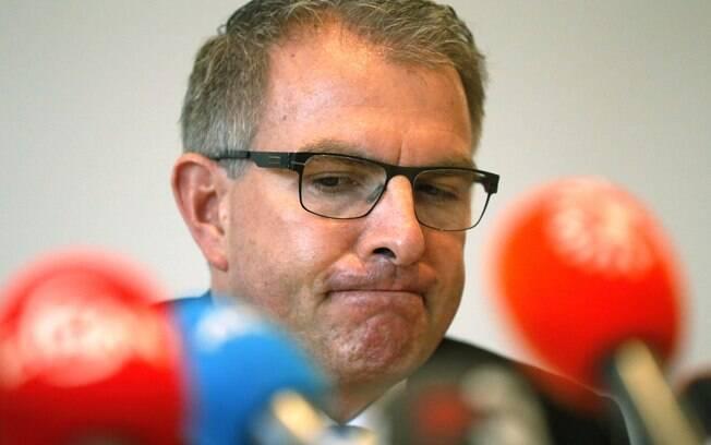 O presidente da Lufthansa, Carsten Spohr, durante coletiva à imprensa nesta quinta-feira (26)