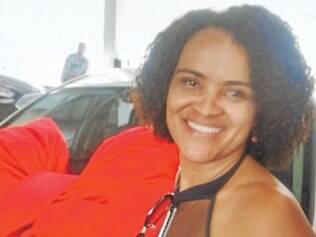 A fisioterapeuta Rosilane Cordeiro comemorou entre amigos seu aniversário, no último dia 29. Em breve, ela irá inaugurar seu Studio de Pilates, no bairro Bueno Franco.