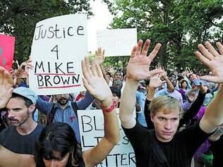 Protestos contra a morte do jovem negro já duram uma semana