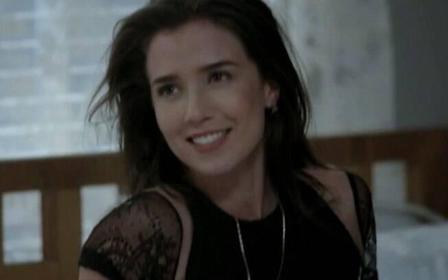 "Cora aparece completamente desfigurada e aterroriza Cristina: ""Feitiço"""