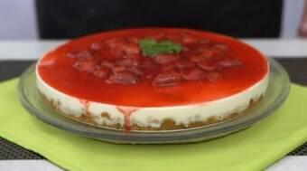 Saiba fazer cheesecake de frutas vermelhas