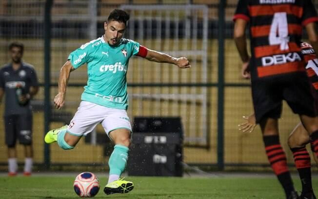 Willian marcou três gols na goleada do Palmeiras sobre o Oeste