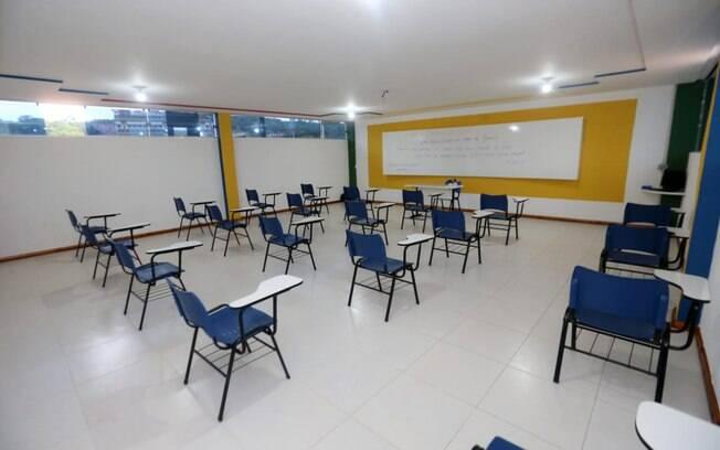 Apeoesp enviou ofício a Doria pedindo prioridade aos professores