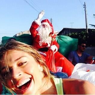 Grazi Massafera em 2014: mesma imagem de Natal de 2013