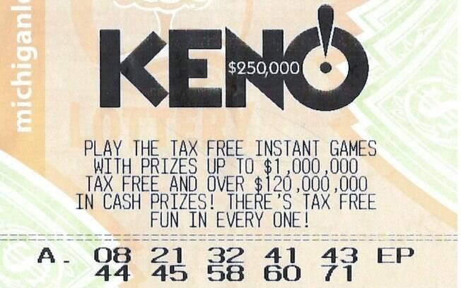 A idosa, acostumada a jogar na loteria todos os dias, esqueceu um bilhete na carteira e só o descobriu três semanas depois