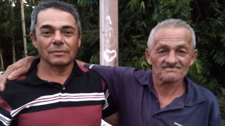 Pai e filho se reencontram