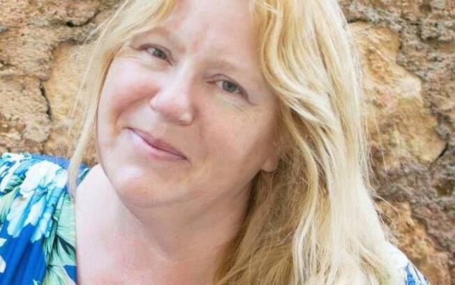 Aos 52 anos, Carole quer engravidar e ser barriga de aluguel pela última vez