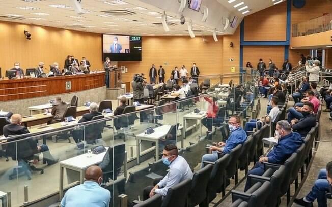 1ª sessão da Câmara de Campinas com público presencial atinge 35% de capacidade