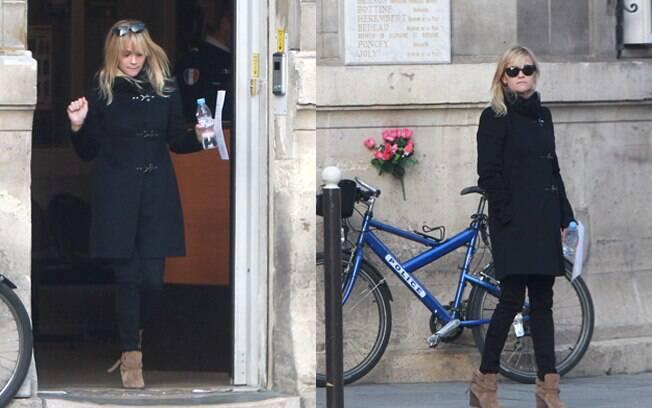 Reese Witherspoon foi assaltada durante seu passeio em Paris