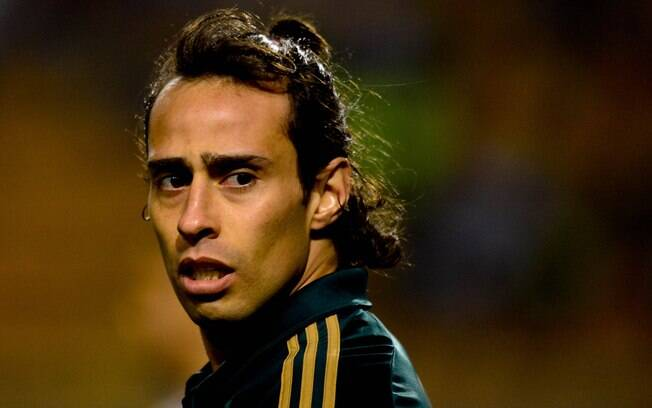 Valdivia atuou pelo Palmeiras no clássico  contra o Santos na noite de sábado no Brasileirão