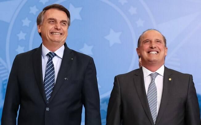 Jair Bolsonaro nomeia Onyx Lorenzoni como novo ministro da Cidadania