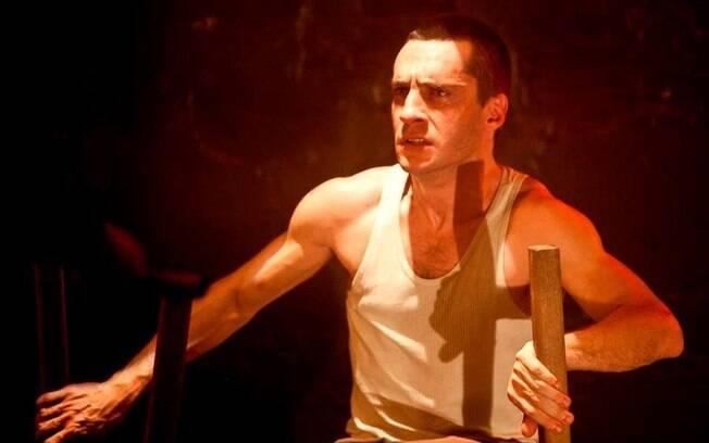 Ricardo Gelli  é o maior destaque da peça 'Genet - O Poeta Ladrão'