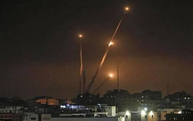 Israel respondeu a ataques de foguetes na Faixa de Gaza