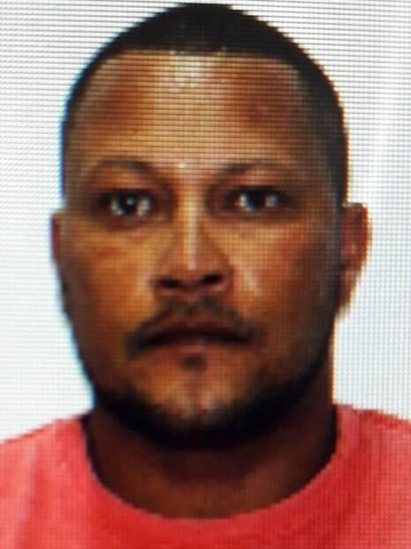 Pedro é acusado de assassinar a companheira e forjar suicídio da vítima
