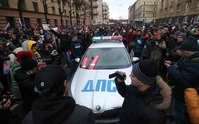 Rússia tem dia cheio de protestos em diversas cidades, a favor do boicote às eleições