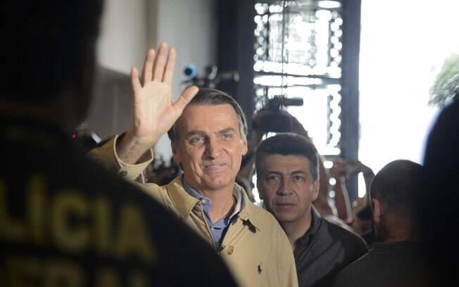 Segundo as propostas de Bolsonaro, todas as instituições têm de trabalhar em prol das demandas da sociedade