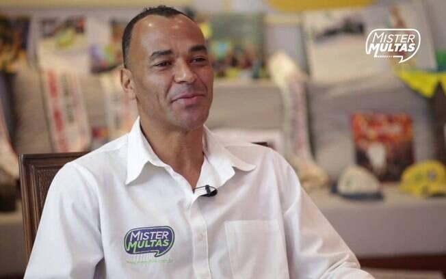 Cafú, ex-jogador da seleção brasileira, foi contratado para se tornar embaixador da Mister Multas. Ex-funcionário do Detran, explicou que intenção é passar credibilidade