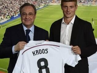 Nova contratação do Real Madrid, Toni Kroos vai usar o número 8, que era de Kaká