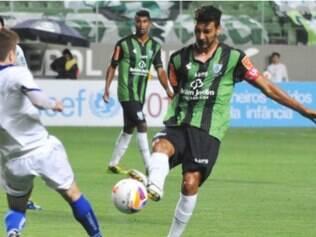 Leandro Guerreiro não deverá ser problema para Givanildo no próximo fim de semana