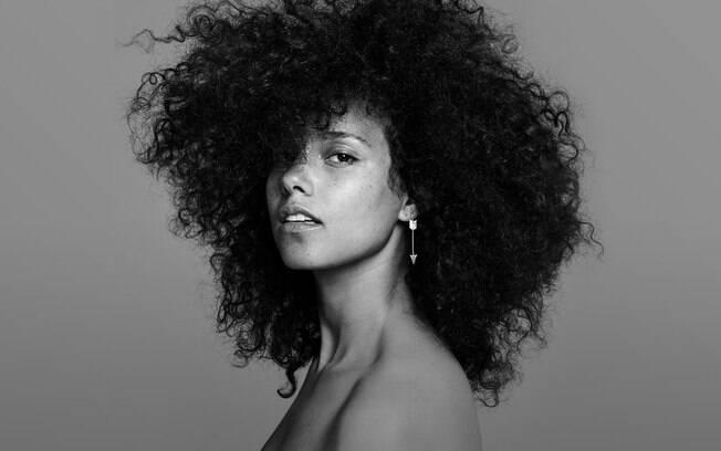 Aristas que não lançam álbuns há tempos e dão saudades! Alicia Keys lançou o seu último trabalho em 2016