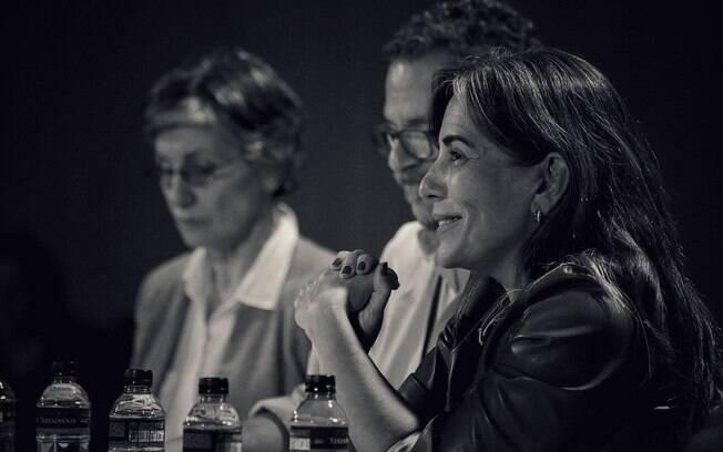 Glória Pires, ao lado de Victor Drummond e Cássia Kiss, é um dos nomes mais vocais na defesa da habilitação de instituições