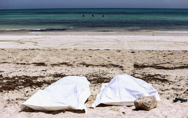 Subiu para 72 o número de mortos em naufrágio no litoral da Tunísia