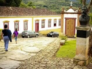 Busto de Tiradentes em sua cidade natal