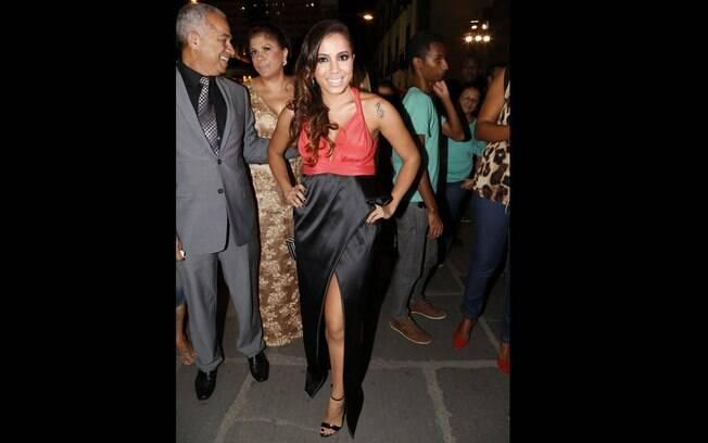 A cantora Anitta no casamento de Preta gil