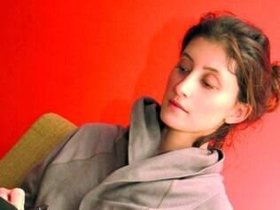 """Currículo.""""Biscuit"""", obra de Bruna Piantino é a quarta em sua carreira"""
