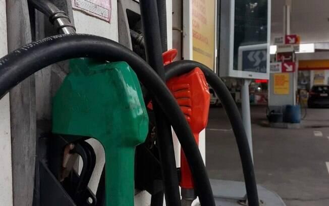 Após aumento, litro da gasolina chega a R$ 5 em postos de Campinas