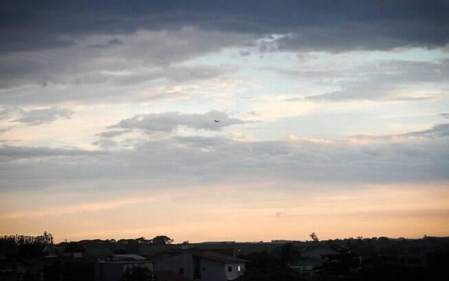 Domingo será de calor e sol entre nuvens em Campinas